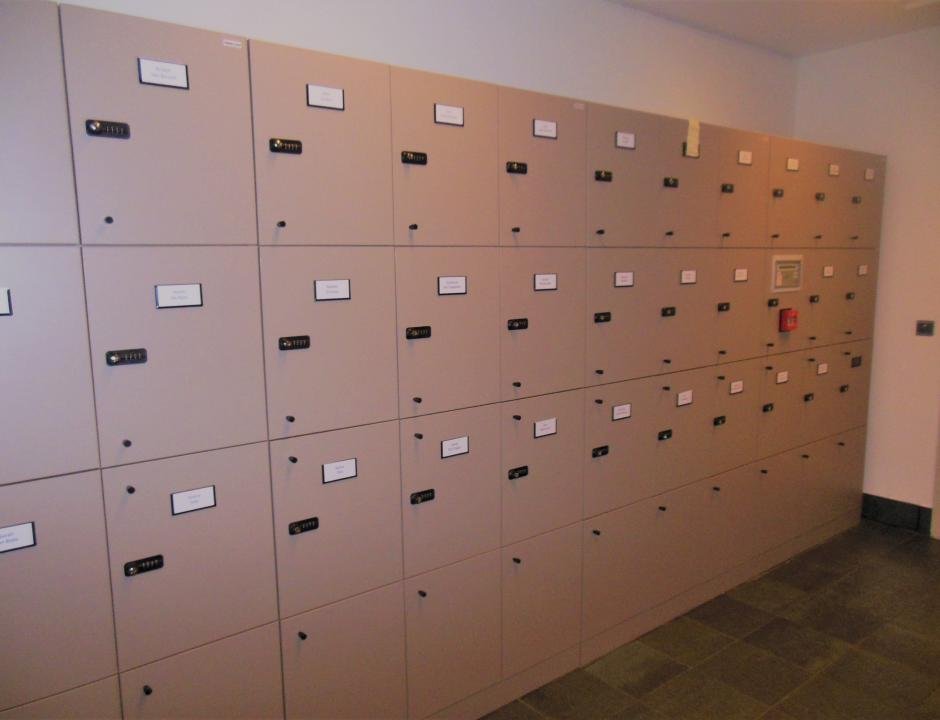Lockerwand