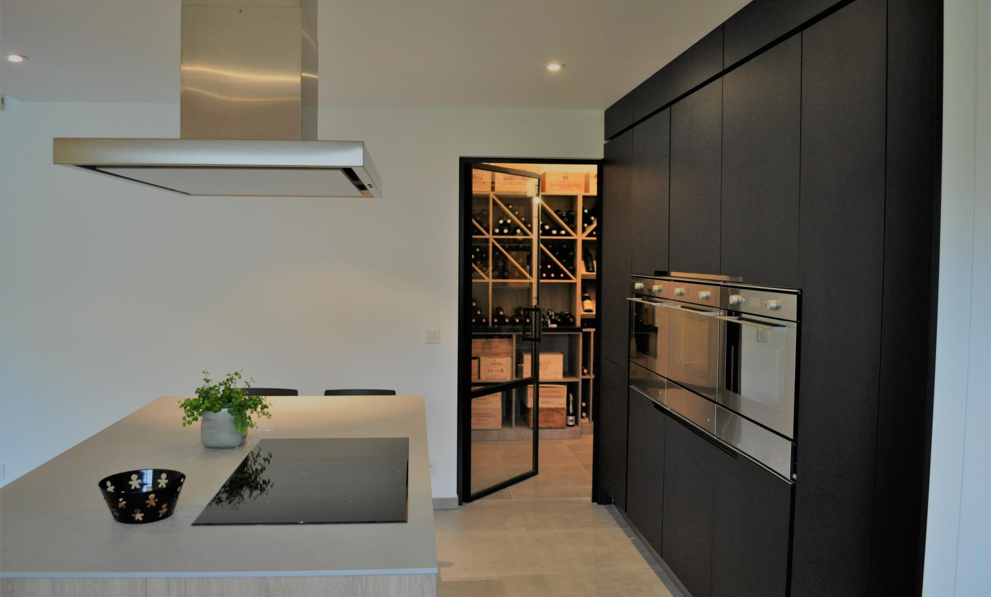 High level kitchen & wine vault